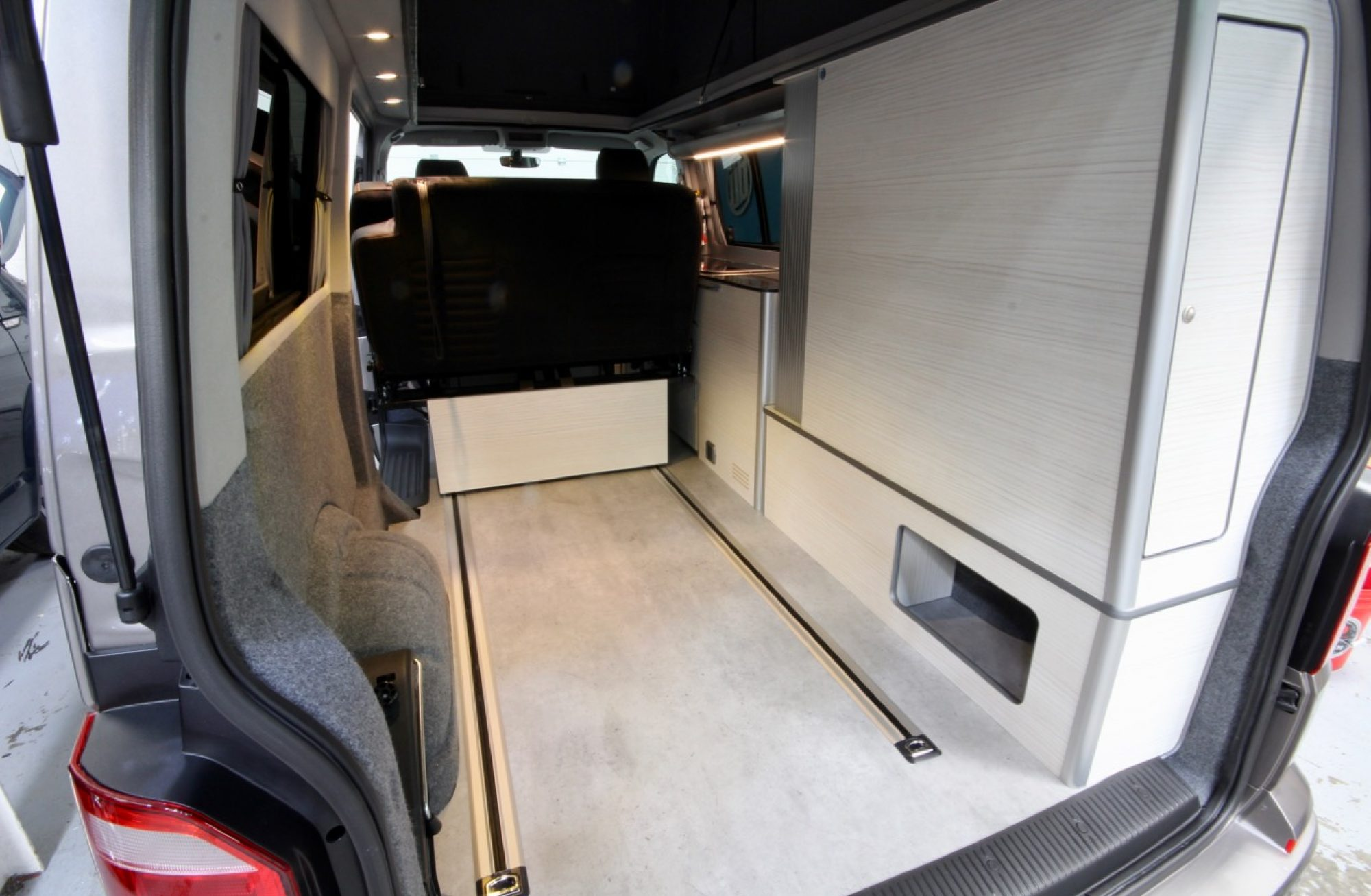 Uberbus Flux Sliding RIB seat